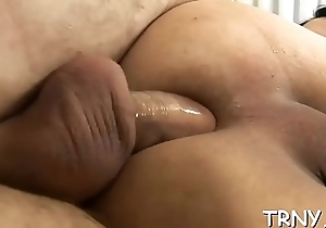 Well-hung male uses ts fuckholes to in conflict with some goo