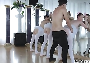 Teen pigeon-holing pussy close up and boring party xxx Ballerinas