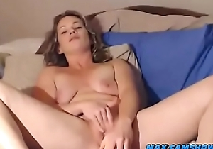 Camgirl Squirts From Masturbation With Vibrator And Dildo