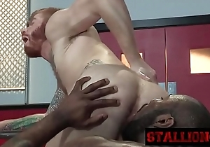 Sexy ginger twink gets the brush anus pleased