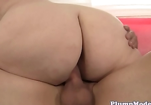 BBW with massivetits banged after sucking