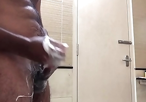 Desi guy masturbating