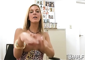 Lusty mother i'_d like to fuck wishes for sexual pleasure for her starving cunt