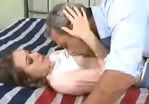 Riley Reid and daddy PART 2 http://q.gs/EOBLU