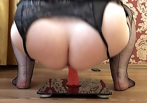 Mature bbw masturbates with a rubber learn of nearby a cowgirl pose, appetizing booty shaking.