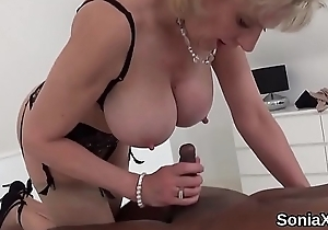 Adulterous uk mature lady sonia presents the brush monster boobs