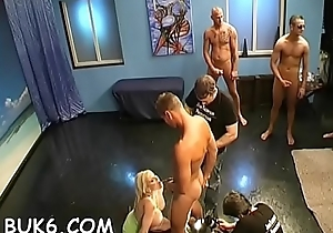 Hawt slave is expecting for master'_s urinal matter