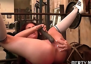 Fitness Porn Star Can'_t Keep Her Trotters Off Himself