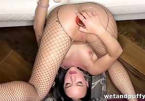 Fragile brunette toys her asshole in extreme pretentiousness