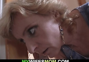 Blonde full-grown mommy pleases her son-in-law