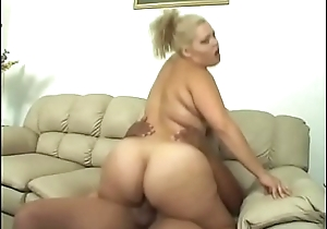 Horny blonde LatinBBW moans as A her wet pussy is banged wits a black deny stuff up