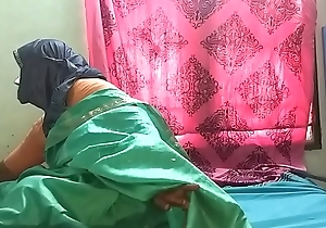 desi  indian horny tamil telugu kannada malayalam hindi cheating wife vanitha wearing  saree showing big boobs with an increment of shaved pussy press hard boobs press nip rubbing pussy masturbation