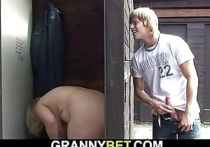 Smart guy fucks old blonde granny on public