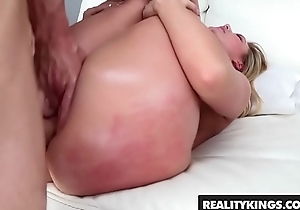 (Aj Applegate) gets her perfect ass licked and fucked - Reality Kings