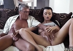 Unskilful couple fuck and swallow What would you choose - computer or